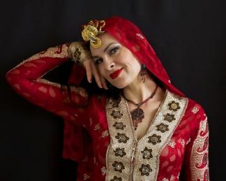 Hannah Persian Red